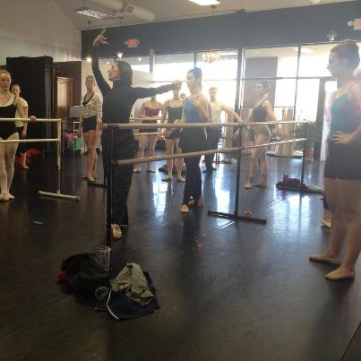 Paula teaching for our Winter Workshop- photo by Jennifer Medina, Common Thread Artistic Director