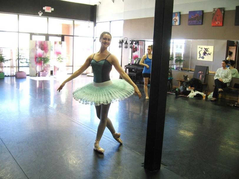 studio rehearsal with Common Thread Contemporary Dance Company